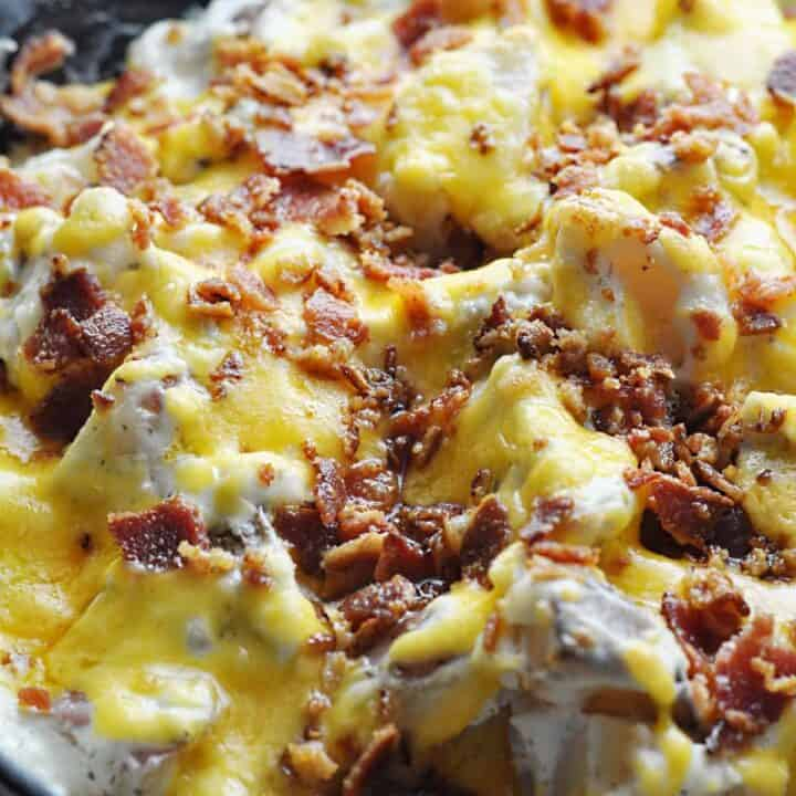 Ranch Bacon potatoes with cheese and sour cream