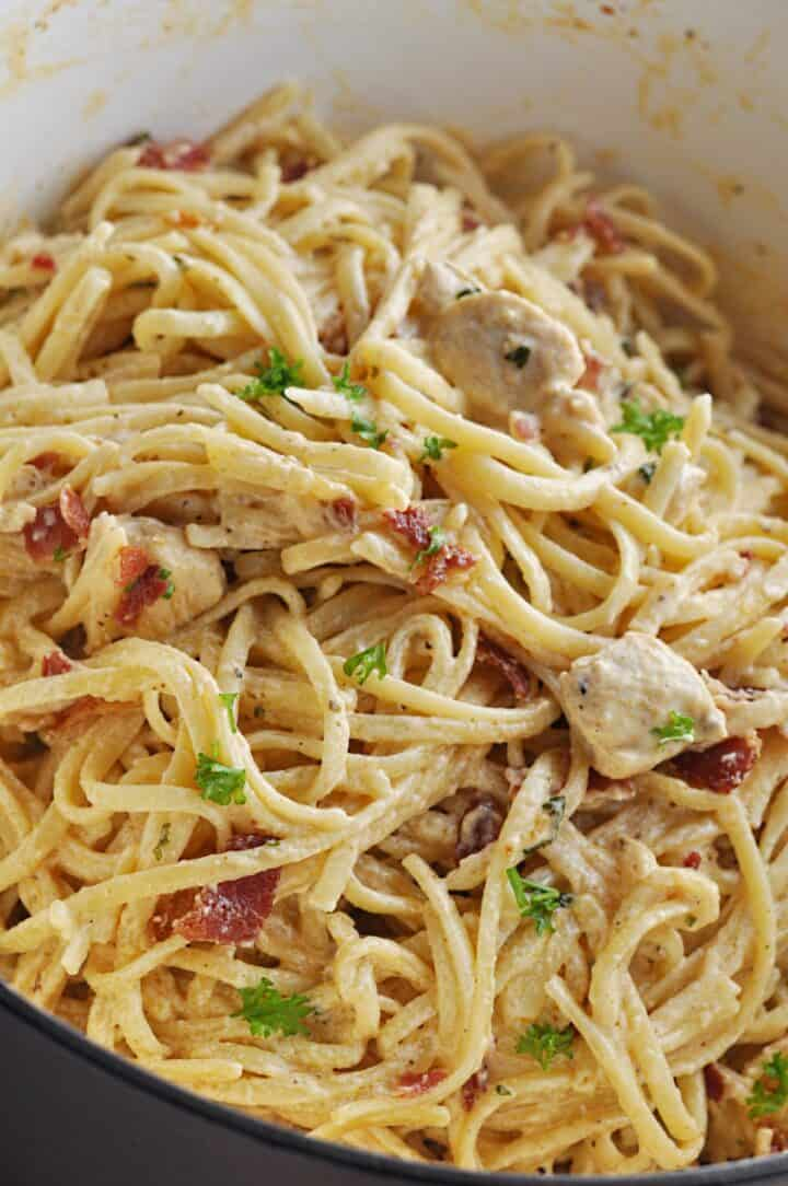 Creamy Pasta with chicken and bacon